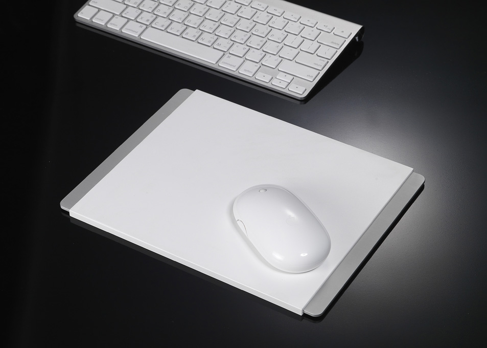 Alupad Mouse Pad by Just Mobile