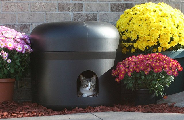 Kitty Tube Insulated Cat House