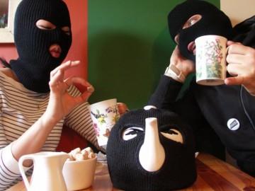 Terrorits Tea Pot