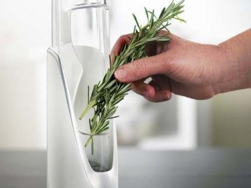 Fresh Herb Saver