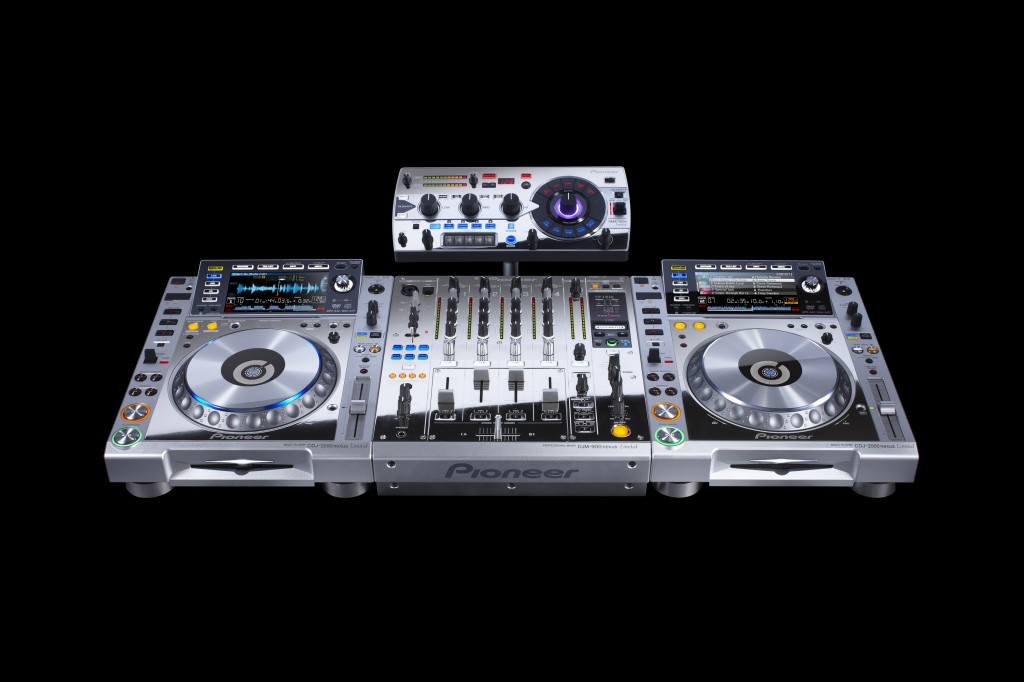 Pioneer CDJ-2000 Pro DJ Multi Player