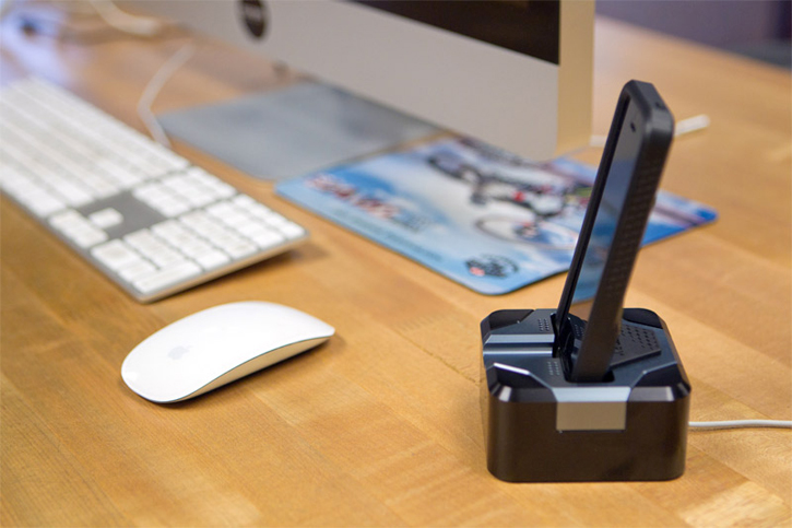 RokDock Aluminum iPhone 5 Stand by Rokform