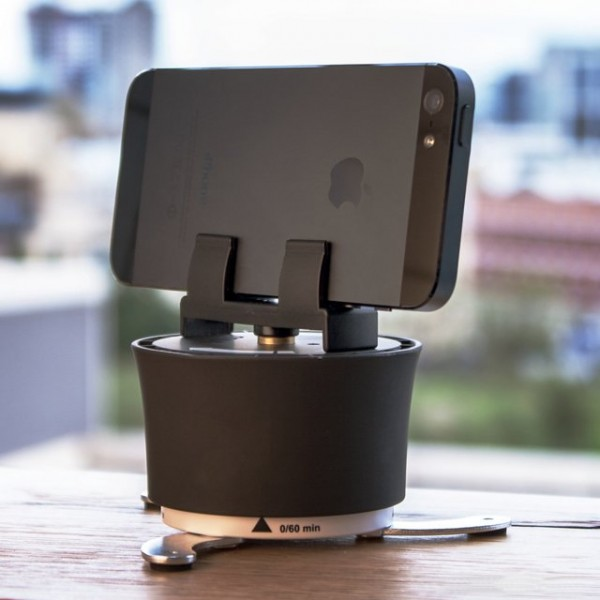 Smartphone Time-Lapse Turntable