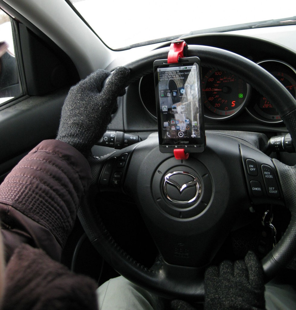 Steering Wheel Smartphone Mount