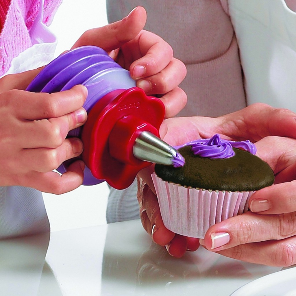 Cupcake Corer and Decorating Set