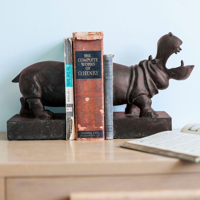 Hippopotamus Bookends