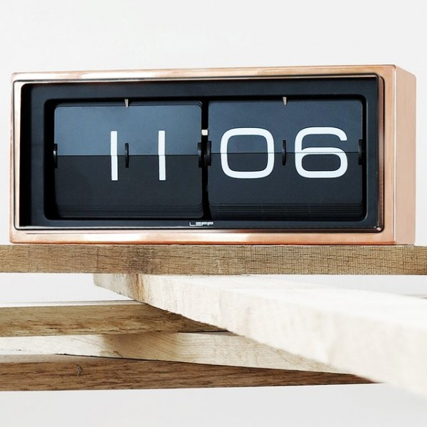 Brick Flip Clock by LEFF