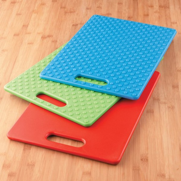 Gripper Cutting Board