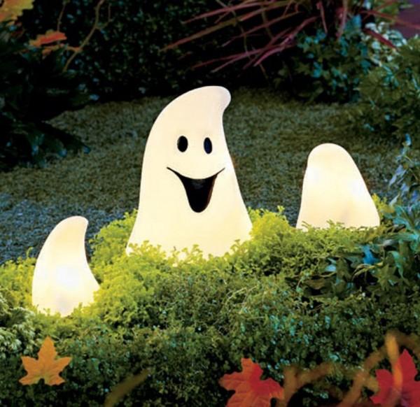 Lighted Ghost Ground Breaker