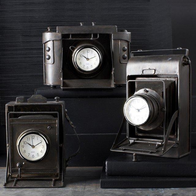 Vintage Camera Desk Clock