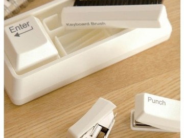 Keyboard-Stationery-Desk-Set-cool-gadgets