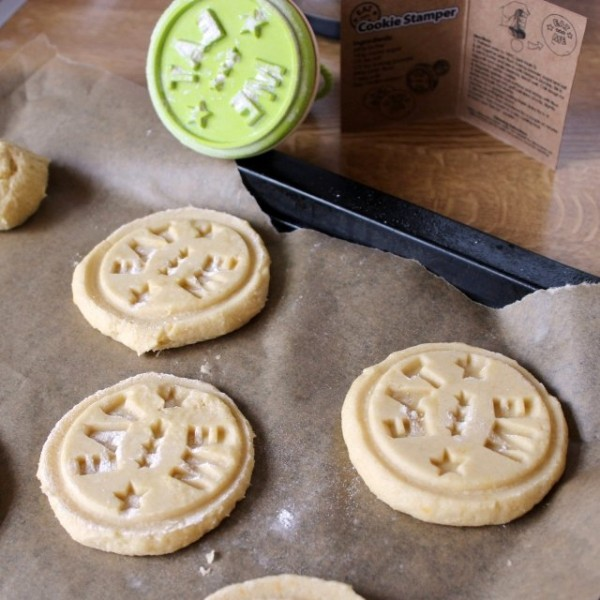 Eat Me Cookie Stamp 187 Petagadget