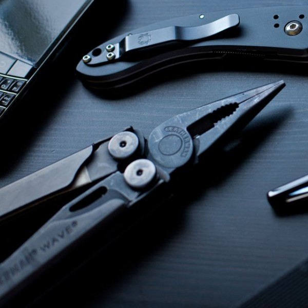 Black Oxide Wave Multi-Tool