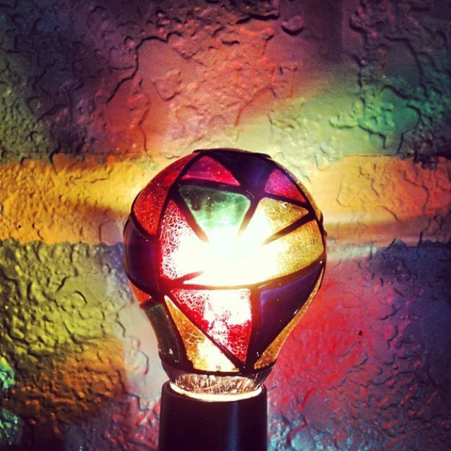 Stained Glass Light Bulb Petagadget