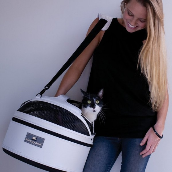 Mobile Pet Bed Carrier