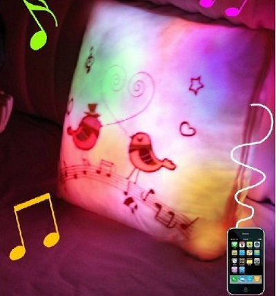 Lovebirds Illuminating Speaker Pillow