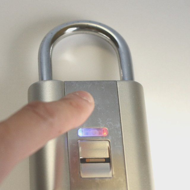 iFingerLock Fingerprint Padlock