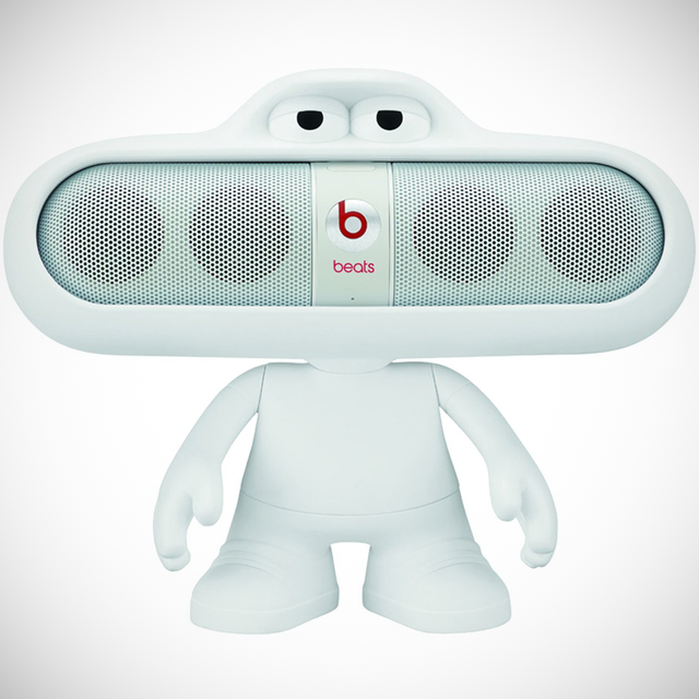 Beats Pill Dude Stand