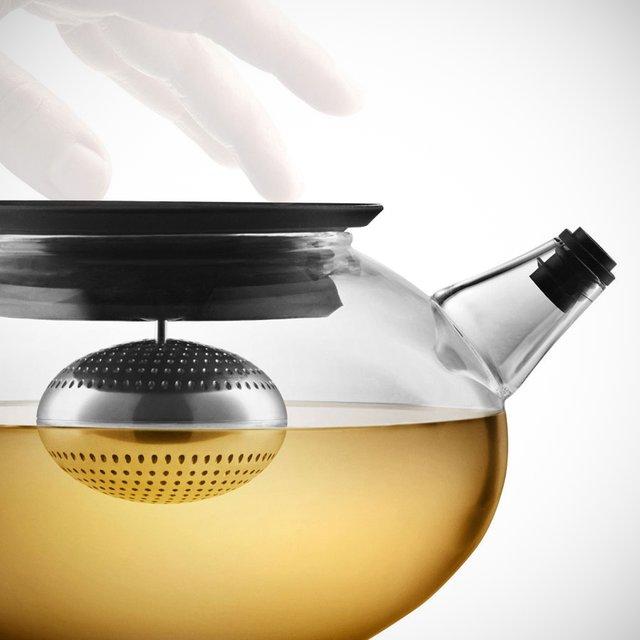 Glass Teapot w/ Tea Egg by Eva Solo