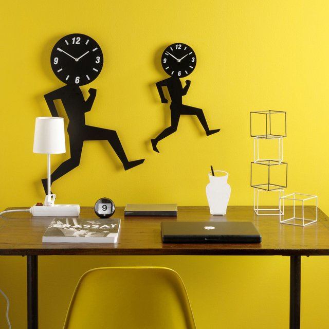 Uomino Wall Clock by Diamanti