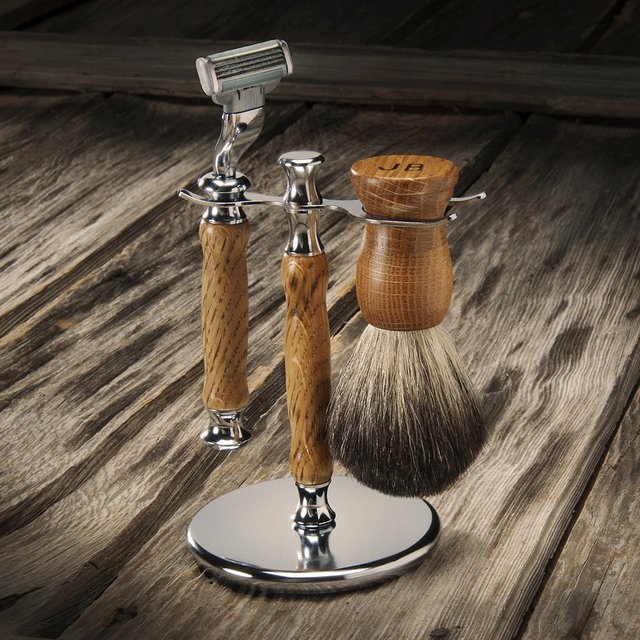 Whiskey Barrel Wood Shaving Kit