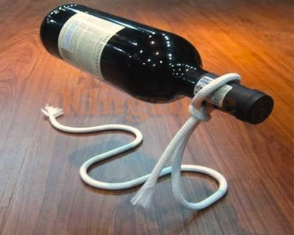 Lasso Wine Bottle Holder