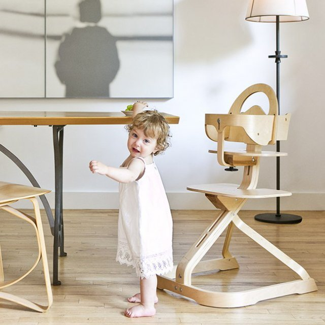 Signet Complete Highchair by Svan