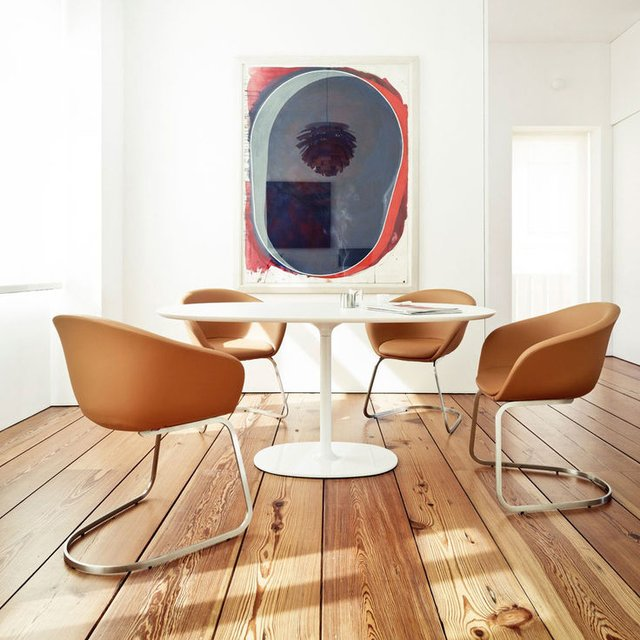 Dizzie Dining Table by Arper