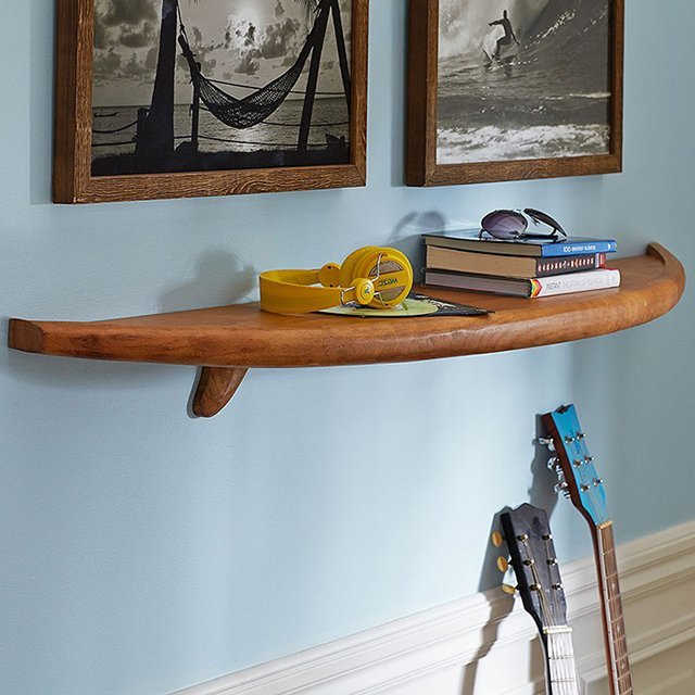 Natural Surfboard Shelf