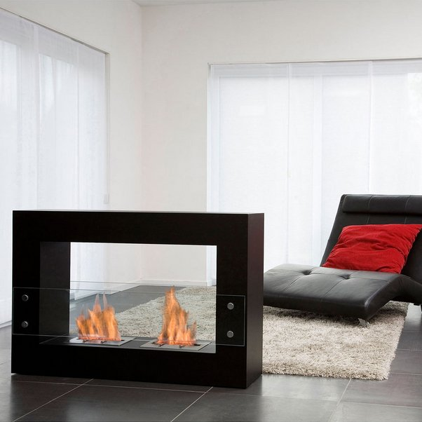 Qube Fireplace by Bio-Blaze
