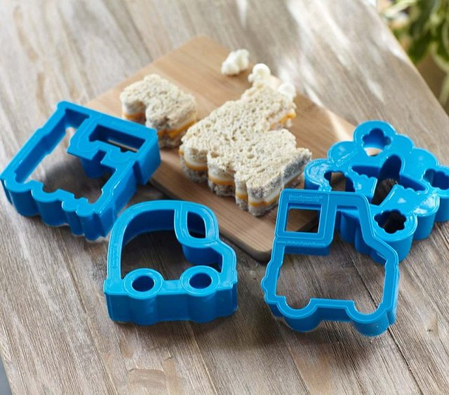Transport Lunch Punch Sandwich Cutters