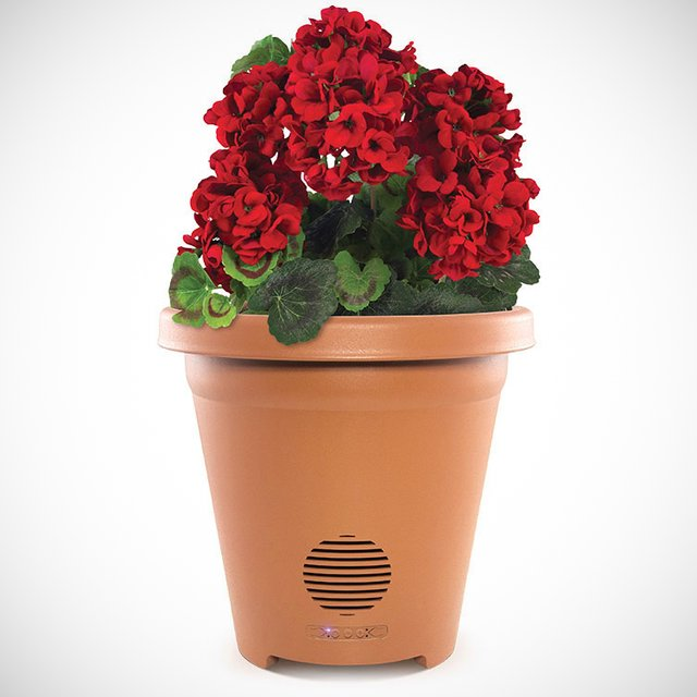 Wireless Outdoor Planter Speaker