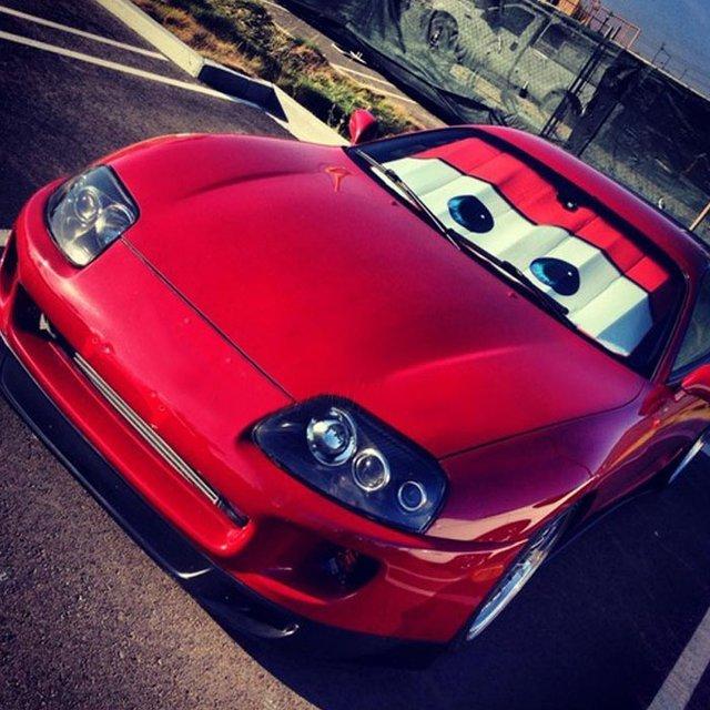 Cars Lightning McQueen Windshield Shade