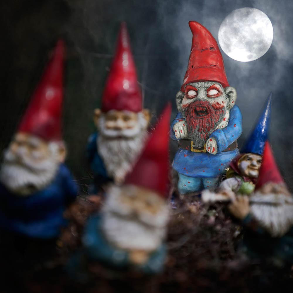 Glow In Dark Zombie Crawler Gnome