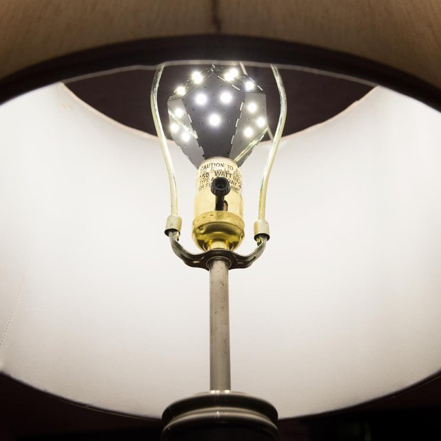 Omni-Directional LED Light Bulb by NanoLeaf
