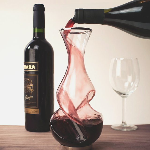 Twist Decanter