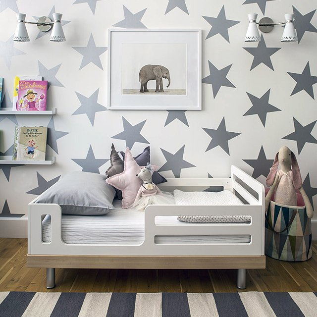 Classic Toddler Bed by Oeuf
