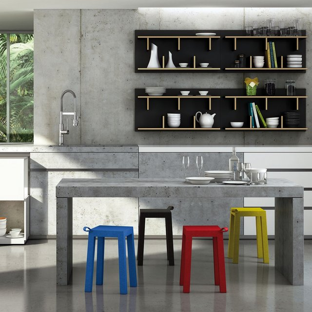 Handle Chairs by TemaHome