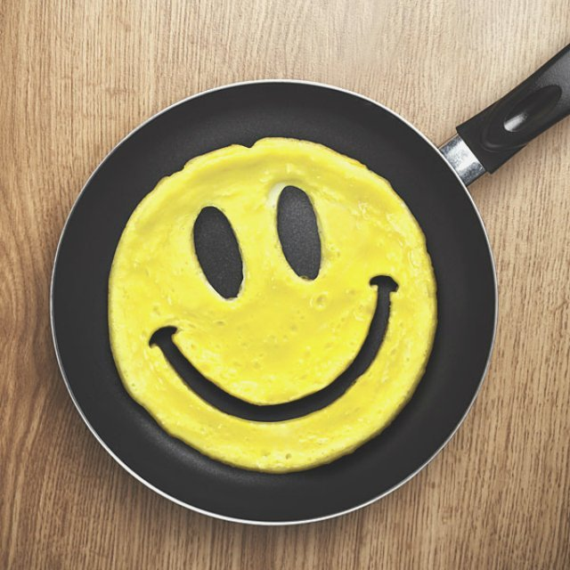 Crack a Smile Breakfast Mold by Fred & Friends