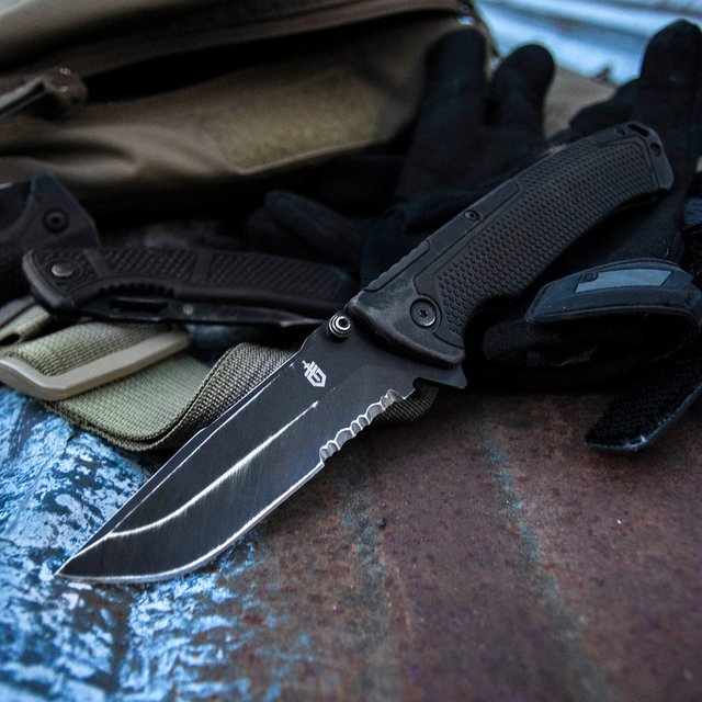 Gerber Decree Folding Knife