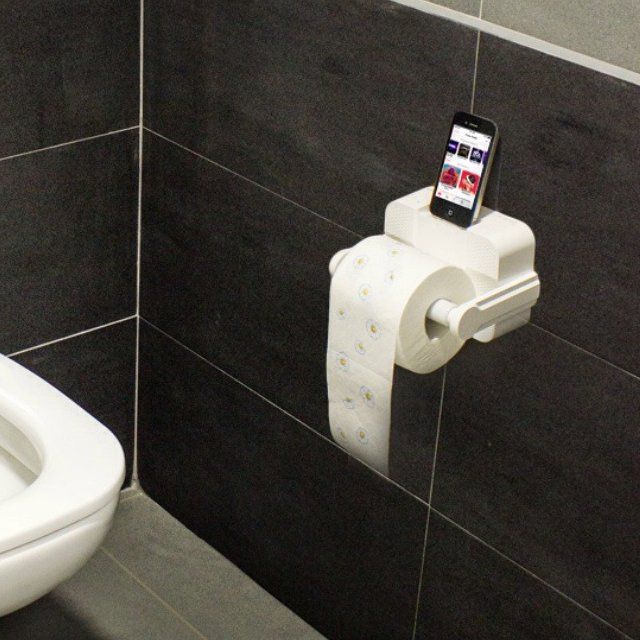 Aft Icarta Stereodockbath Tissue Holder Petagadget - Icarta-ipod-dock-and-toilet-roll-dispenser