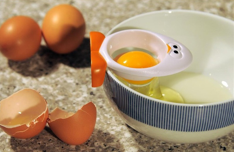 Joie Egg Yolky Egg Separator