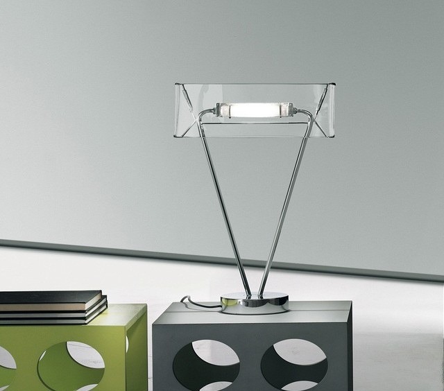 Vittoria T1 Table Lamp by Leucos