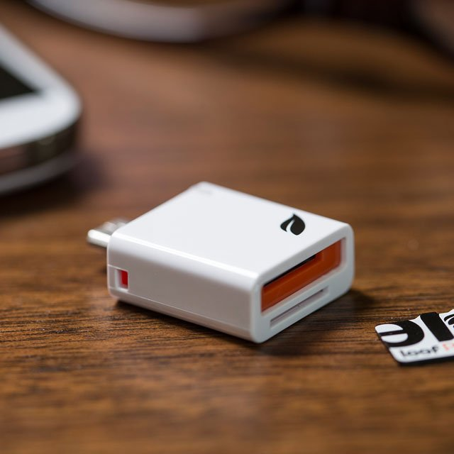 Access MicroSD Reader by Leef