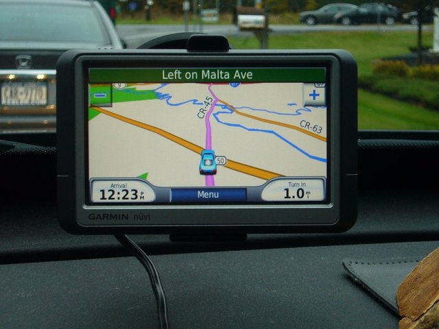Garmin GPS with Lifetime Maps