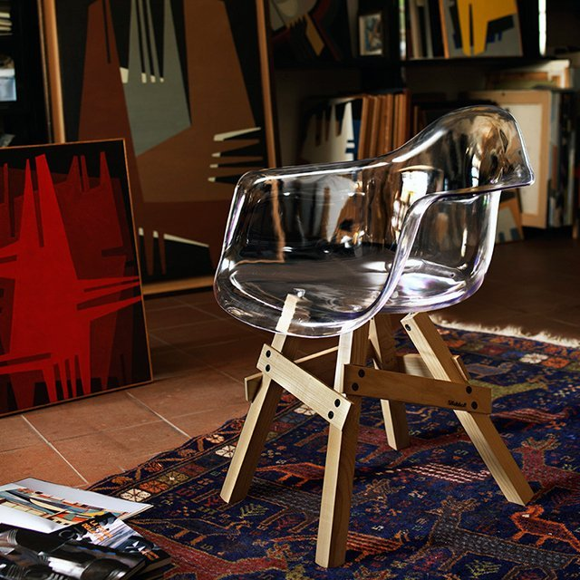 Icon Armchair by Kubikoff