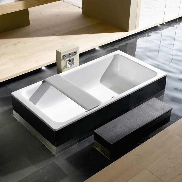 Bassino Bathtub