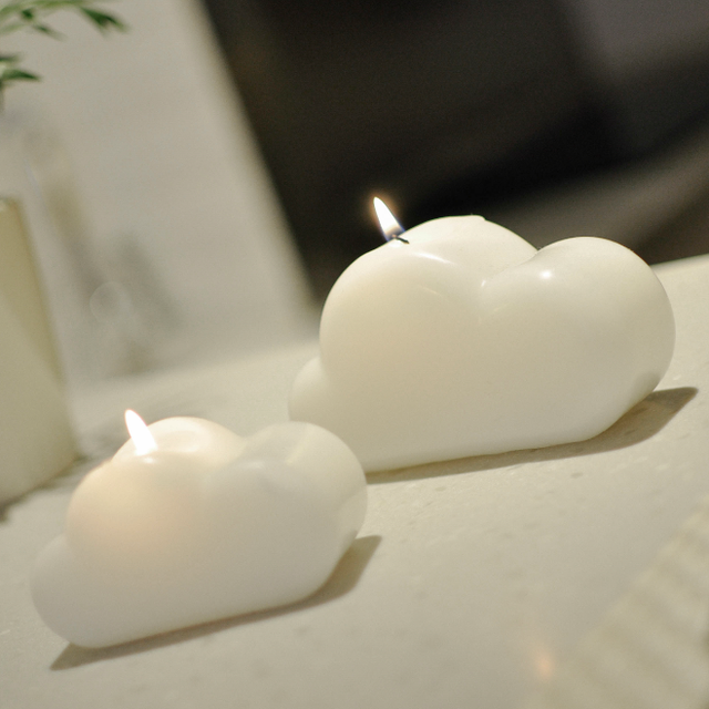 cloud candle by huzi design petagadget
