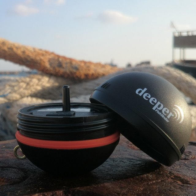 Deeper Smart Fishfinder for iOS and Android devices