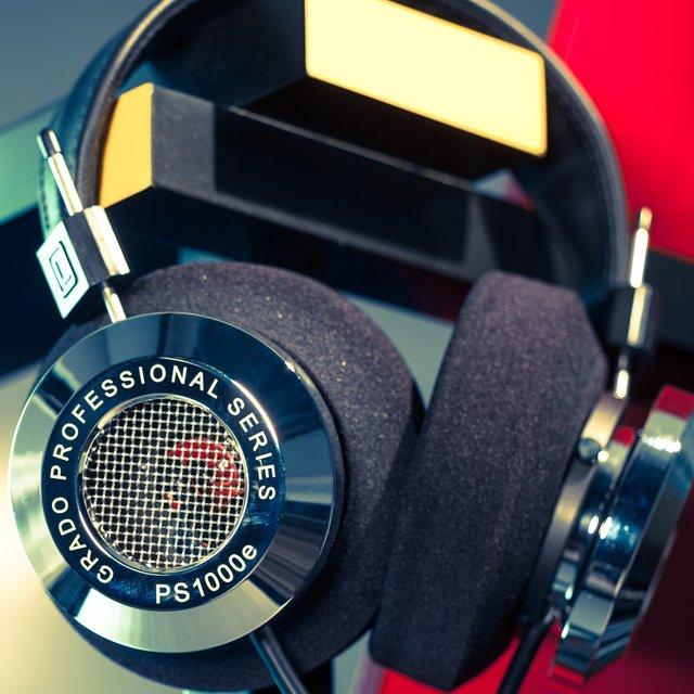 PS1000e Professional Headphones